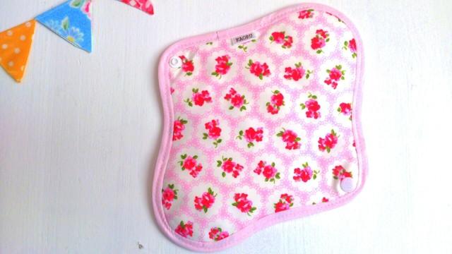 可愛い布ナプキン『lovegarden』昼用Mサイズ