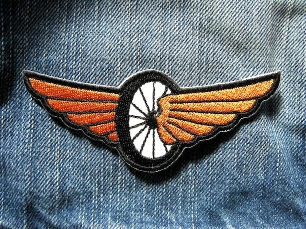 『FLYING WHEEL』刺繍ワッペン