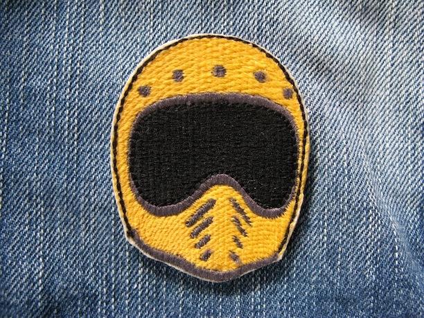 『BELL MOTO3 HELMET』yellow 刺繍ブローチ