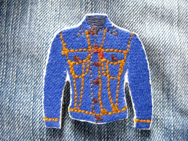 『DENIM JACKET』刺繍ブローチ