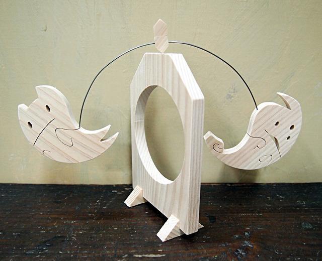 一枚板の組木振子「オバケ2匹」ハロウィン