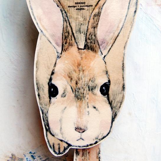 野ウサギの壁掛け振り子時計