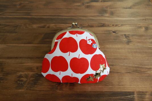 りんごポーチ