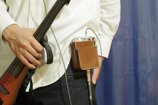 ヘッドホンで楽しむ楽器アンプ