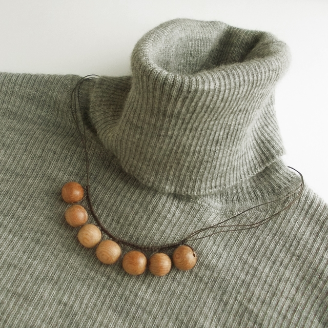 Wood beads ネックレス