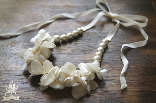 再販  necklace 【 紫陽花とコットンパールのリボンネックレス 】