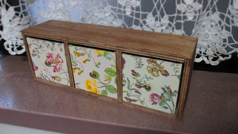 リバティ引き出し木製飾り棚Garden3色