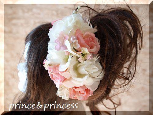 優しい色合いのヘッドドレス
