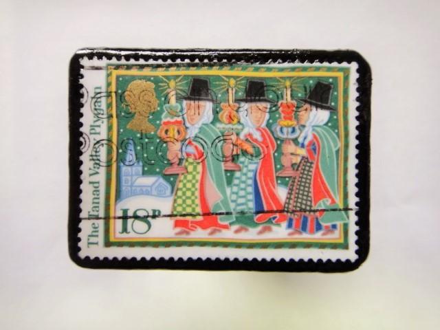 イギリス クリスマス切手ブローチ383