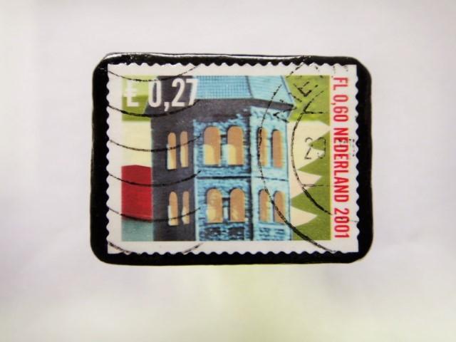 オランダ クリスマス切手ブローチ389