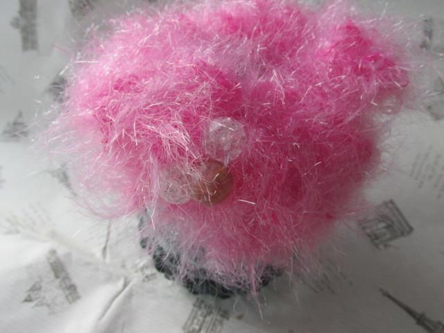 ピンクのファー・シュシュ