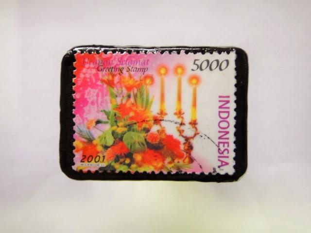 フィンランド クリスマス切手ブローチ394
