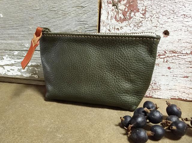 zipper pouch (Sサイズ)イタリアンレザー グリーン