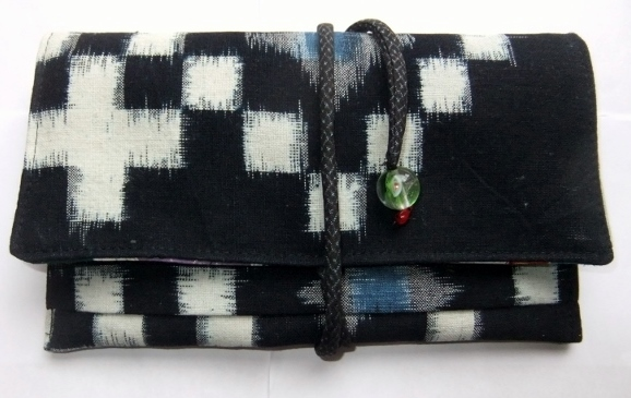着物リメイク 久留米の絵絣で作った和風財布 865