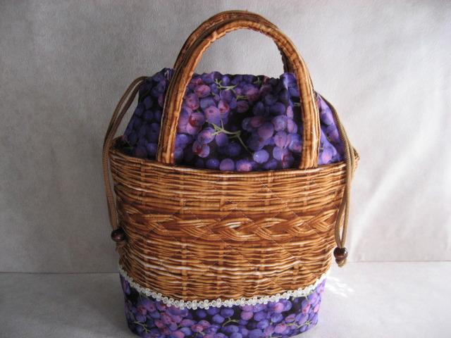 葡萄いっぱい!籠バッグ