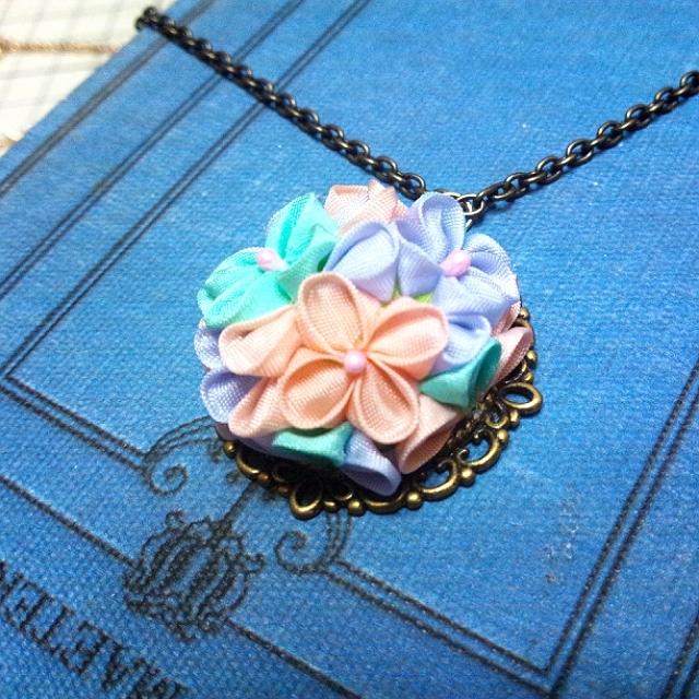 紫陽花のネックレス(ユニコーンカラー)