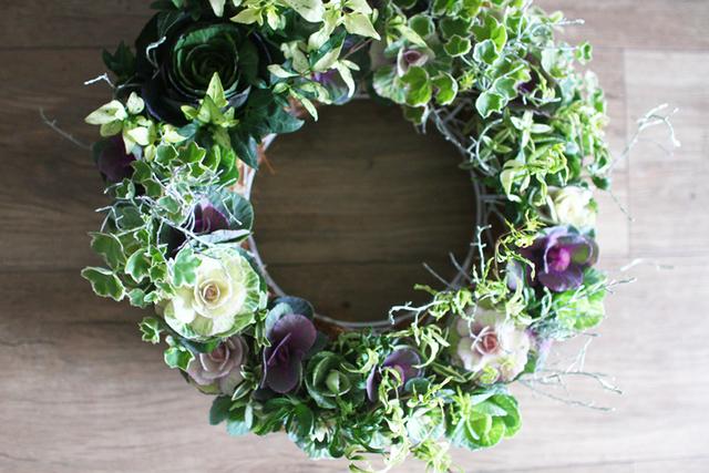 葉牡丹リースギャザリング-季節の花の寄せ植え-