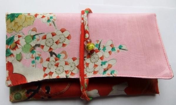 着物リメイク 羽織の裏地で作った和風財布 871