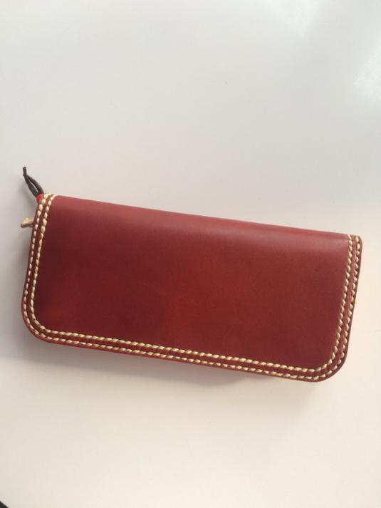 ダブルステッチの長財布