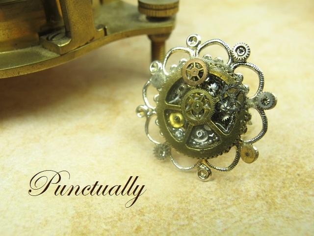 お花のような時計のリング 2 (pt-017)