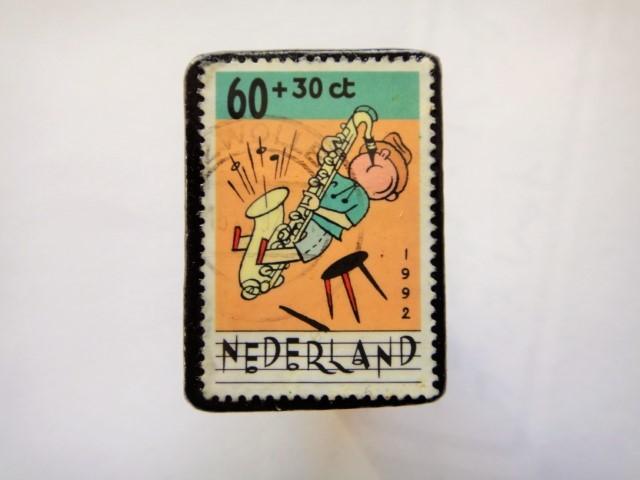 オランダ切手ブローチ443