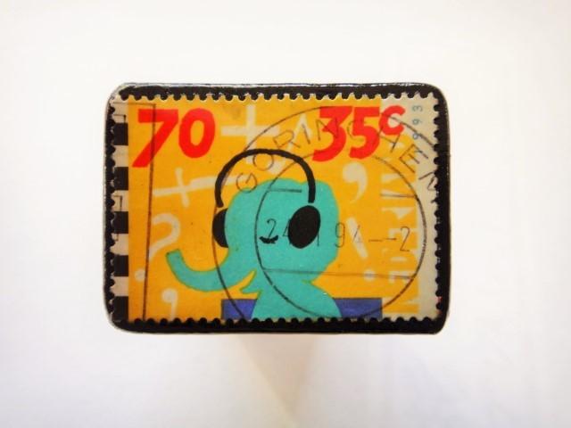 オランダ切手ブローチ447
