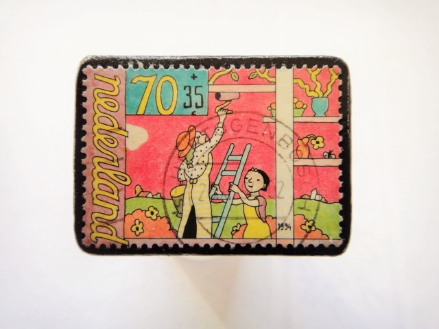 オランダ切手ブローチ449