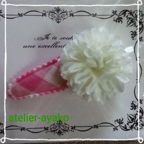 Xmas送料☆彡64 お花のパッチンピン