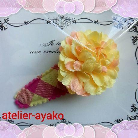 新春送料☆彡68 お花のパッチンピン