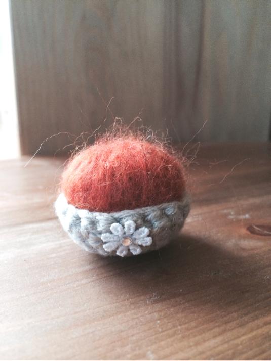 羊毛ピンクッション(M)