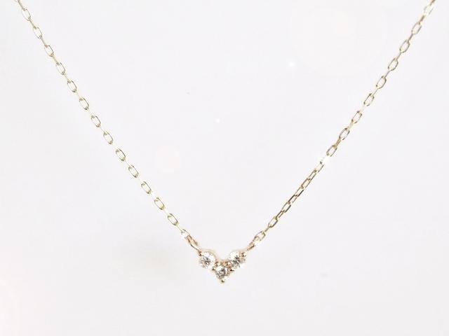 K10 Three Diamonds Heart Necklace
