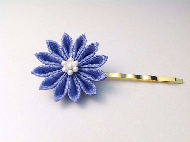 青藤色の菊ヘアピン