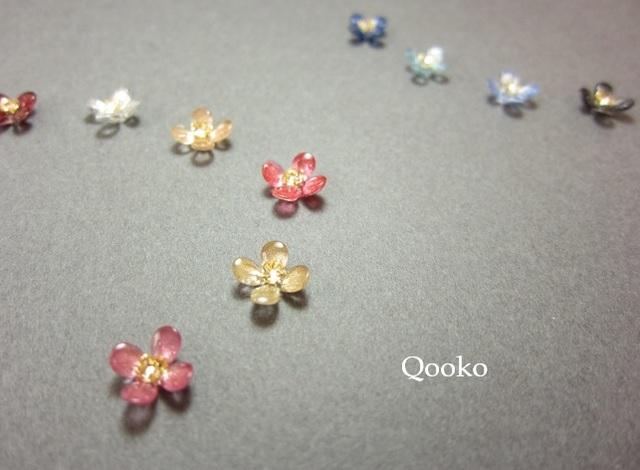 小さな光の花