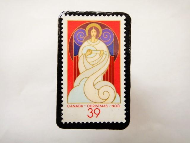 カナダ クリスマス切手ブローチ464
