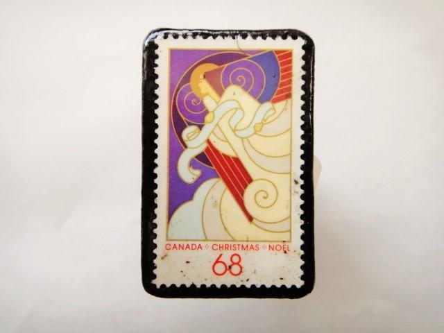 カナダ クリスマス切手ブローチ466