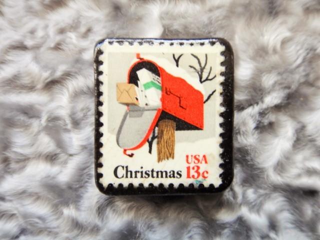 アメリカ  クリスマス切手ブローチ485