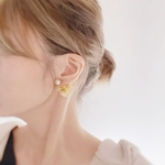 smoky yellow(natural)flowerキャッチピアス/イヤリング