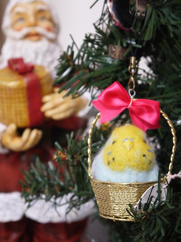 羊毛フェルトの小鳥 かご入りセキセイインコのクリスマス飾り