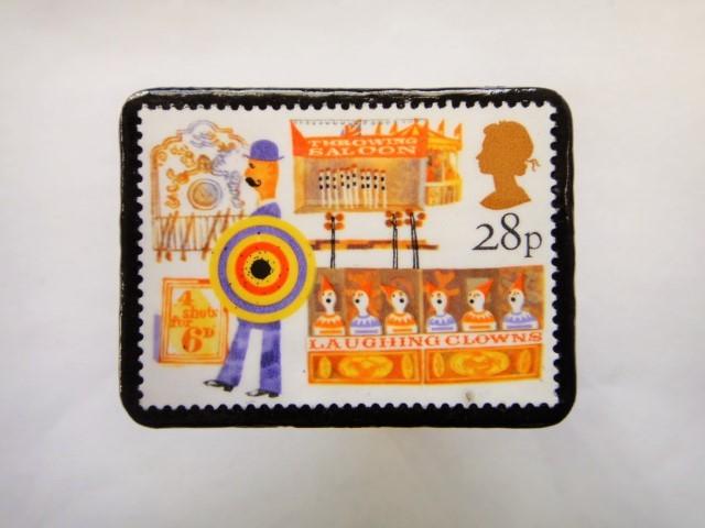 イギリス 切手ブローチ502