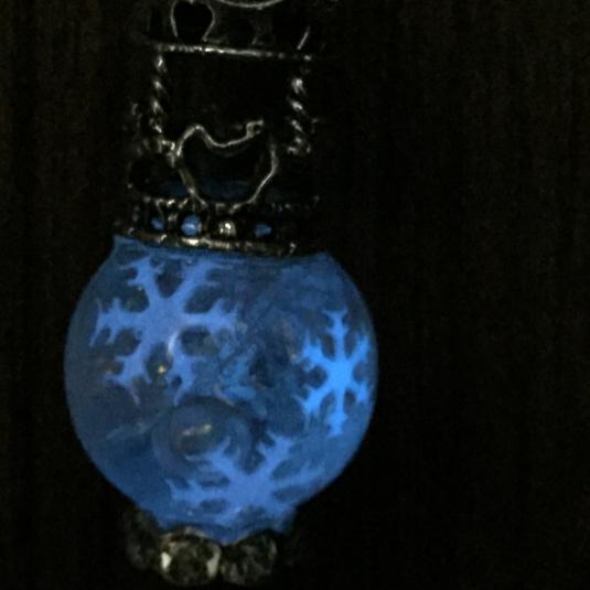 雪のメリーゴーランド香水瓶