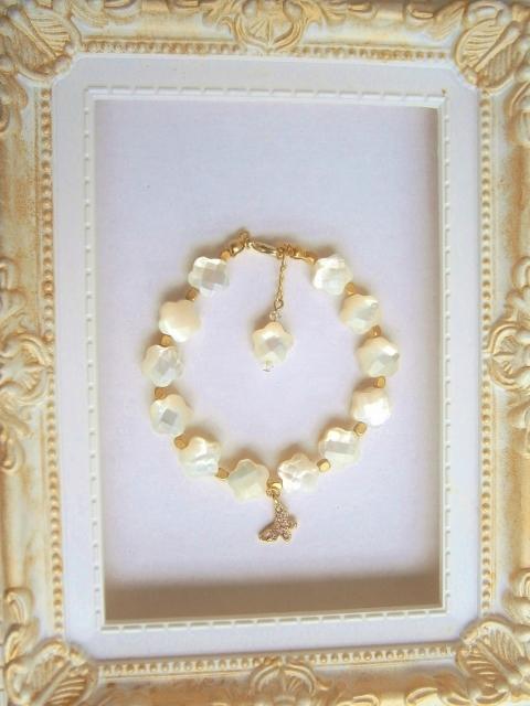 美しい白蝶貝のブレスレット