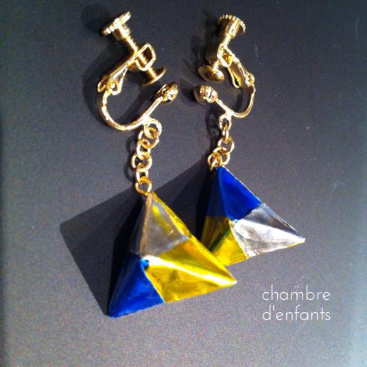 折紙三角イヤリング