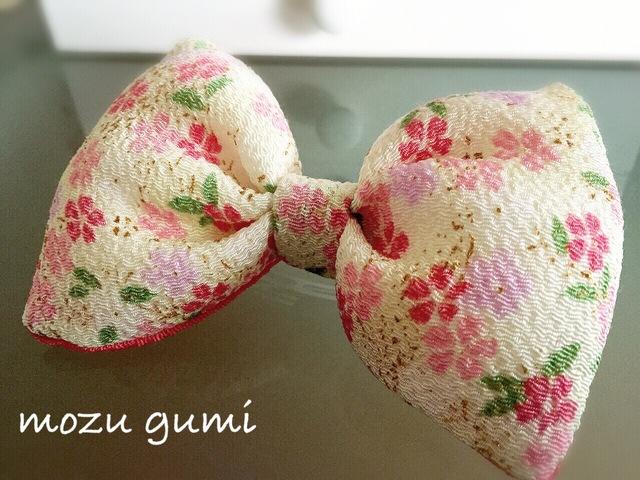 チリメンふっくらリボンバレッタ(桜・クリーム色)