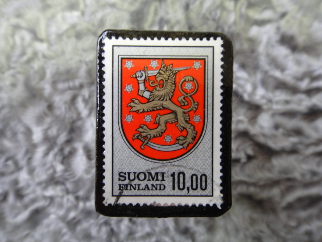 フィンランド 切手ブローチ535