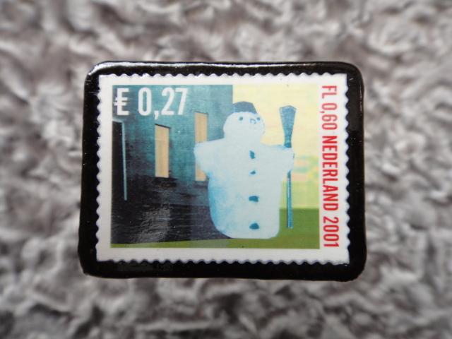 オランダ クリスマス切手ブローチ539