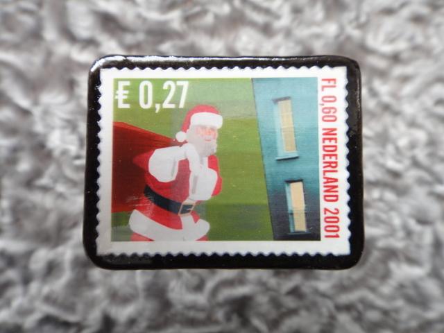 オランダ クリスマス切手ブローチ542