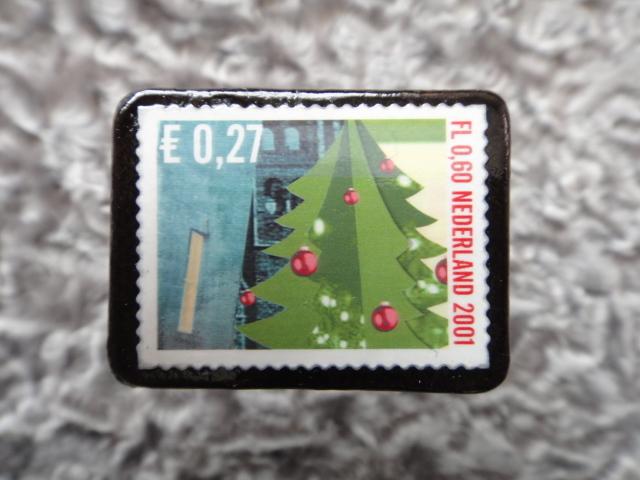 オランダ クリスマス切手ブローチ543