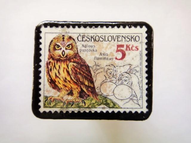チェコスロバキア フクロウ切手ブローチ548
