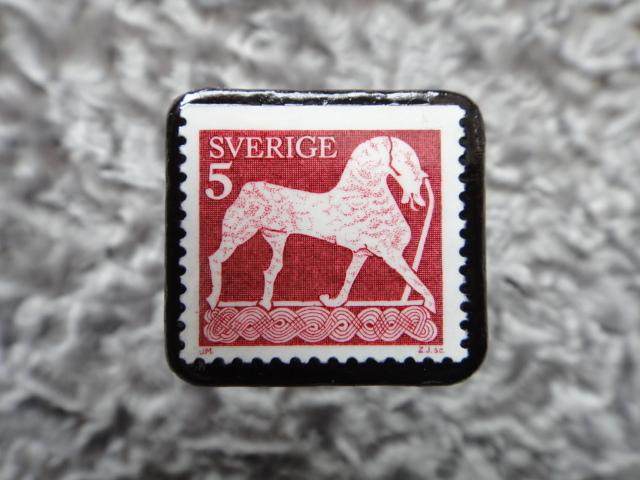スウェーデン 馬切手ブローチ 563