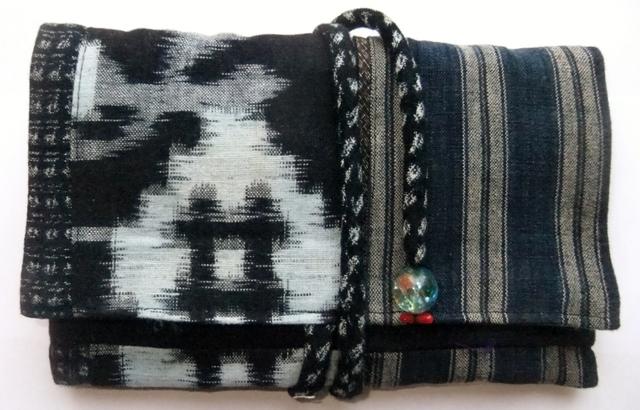 着物リメイク   絣と唐桟縞の着物で作った和風財布 927